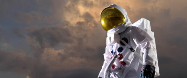 cloud_computing_astronaut